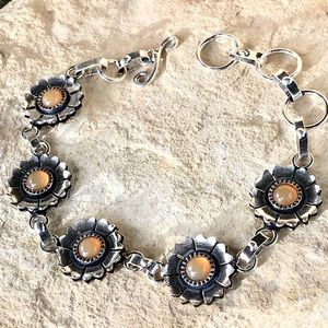 NEW carnelian daisy bracelet